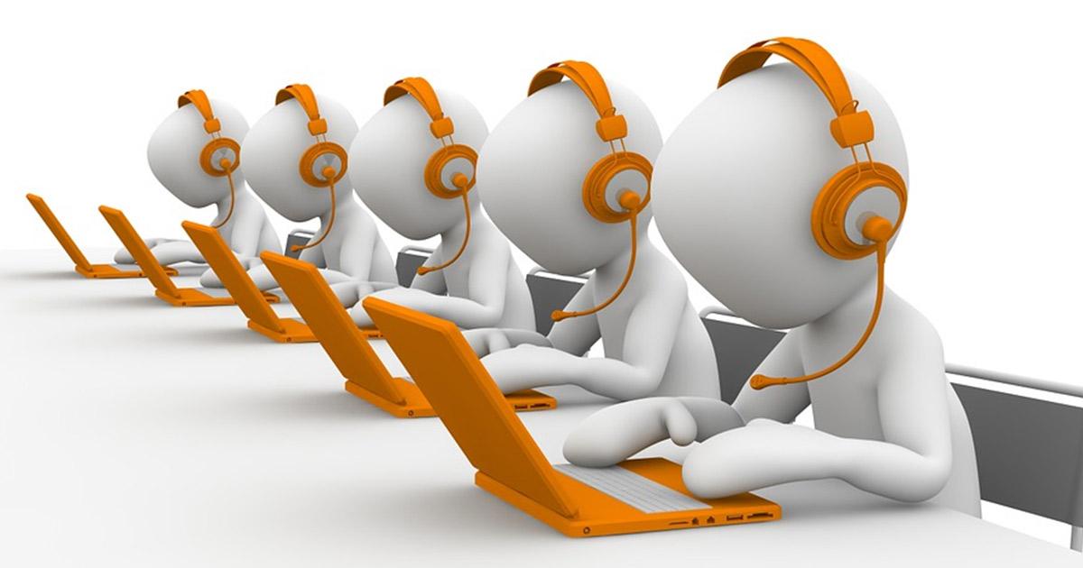 Cover 5 elementi da considerare nell'integrazione tra CRM e software per contact center